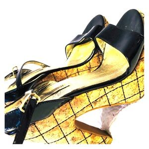 STEVE MADDEN - patent leather quilted diamond heel